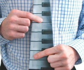 Electronic Piano Tie